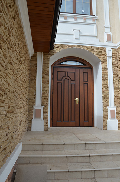 дорогие стальные двери для коттеджей и загородных домов